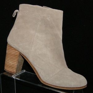TOMS Lunata taupe leather side zip booties 10M